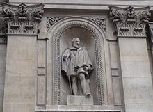 220px-Statue_Of_Sir_Hugh_Middleton-Royal_Exchange-London